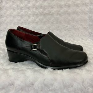 CLARKS Artisan Black Leather Slip On Loafers 8.5